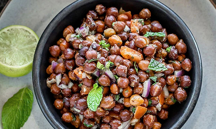 Boiled Black Channa/Cholia Chaat