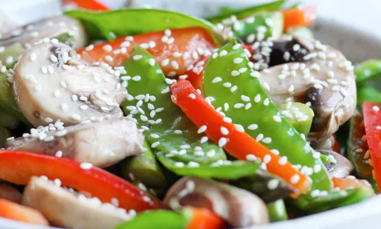 Chilled Mushrooms And Capsicum Salad